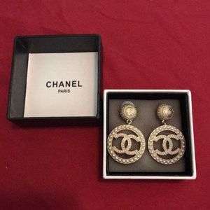 Authentic Chanel CC Pearl Drop Earrings